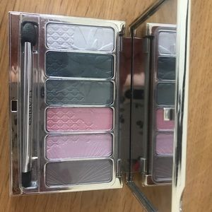 Garden escape palette by Clarins